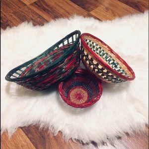 🦋2/$10 3/$15 4/$18 5/$20 Vintage Xmas Baskets
